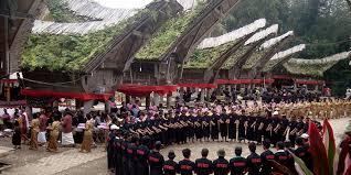 destinasi wisata sejarah ritual rambu solo tator