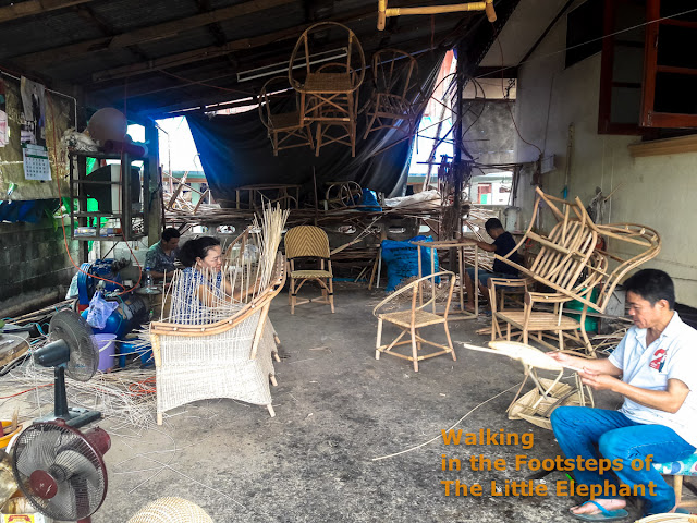 Making rotan furniture in Nan - Thailand
