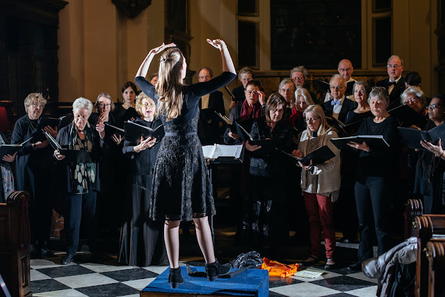 Jessica Norton and London Concord Singers (Photo Alessandro Tamagno)