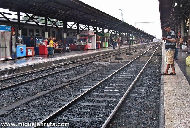Hua-Lampong-Station