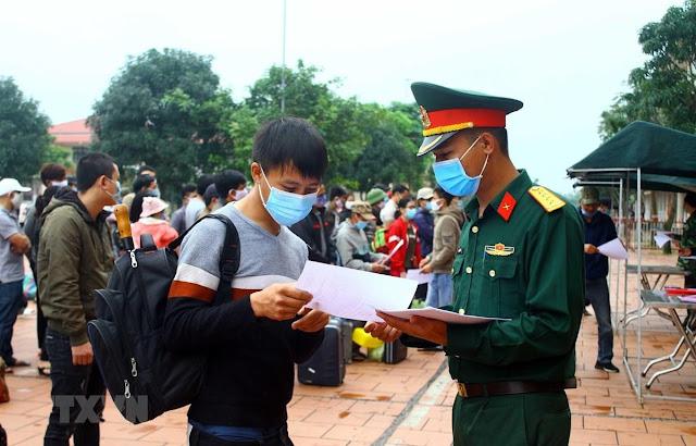 Hà Nội chuẩn bị sẵn xe đưa người hết hạn cách ly về địa phương