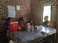 Melalui Anjang Sana,  Babinsa Kodim 0802/Ponorogo Ajak Warga Taati Protokol Kesehatan untuk basmi covid 19
