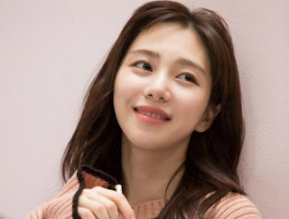 Kwon Min-ah đã xúc phạm và đe dọa người hâm mộ của