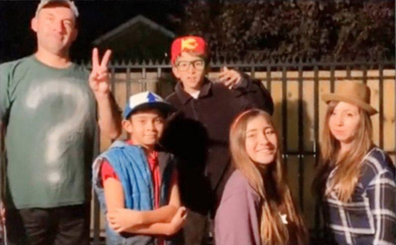 Familia de Puente Alto arrasa en TikTok imitando series de Disney