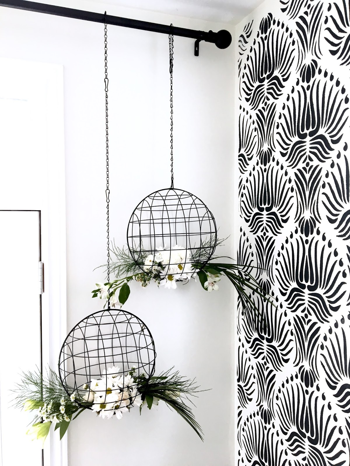 DIY-floral-chandelier-harlow-and-thistle-5