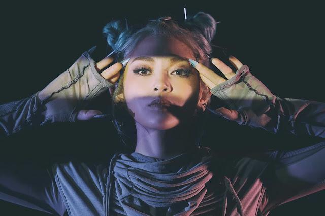 [Artist Photo] AleXa