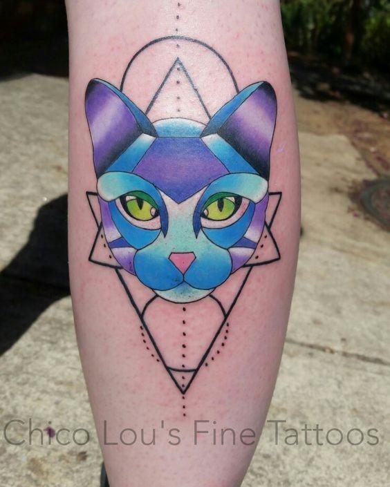 Tatuagens geométricas de gatos