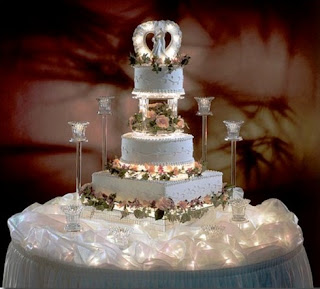 Beautiful Lighted Wedding Cake Stands