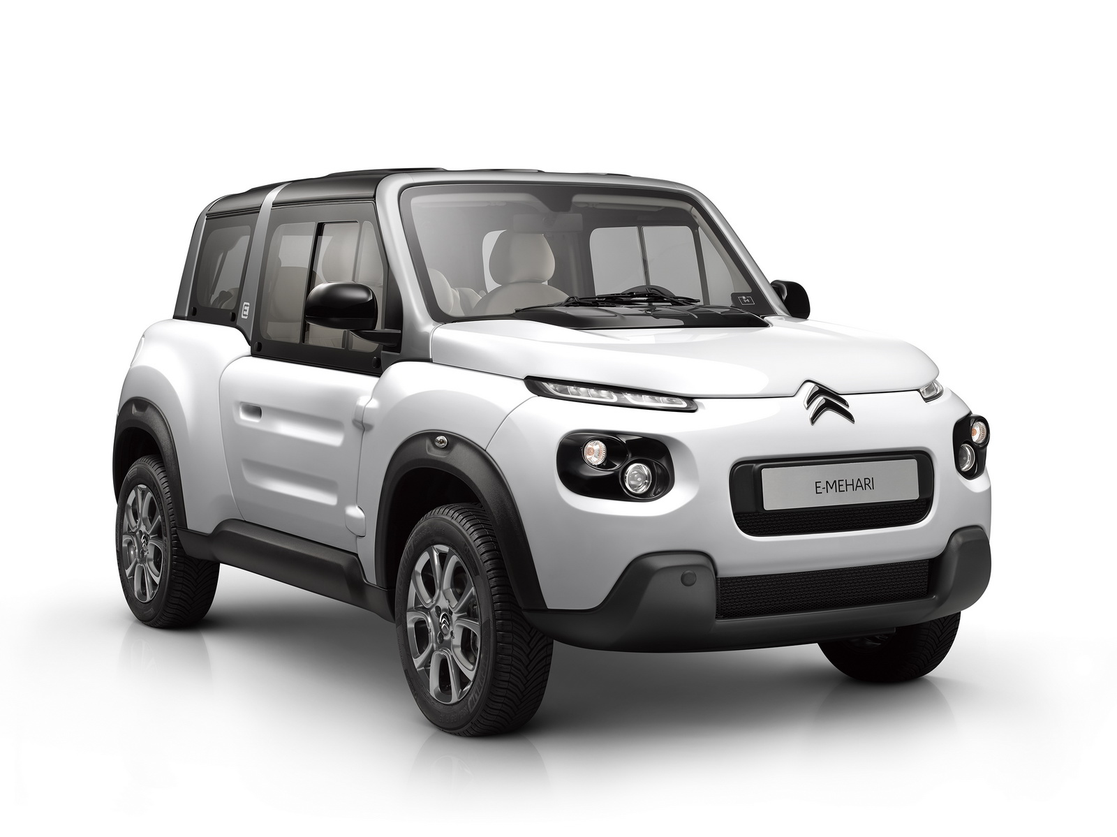 electric citroen e mehari becomes more practical with new interior and hardtop option carscoops. Black Bedroom Furniture Sets. Home Design Ideas