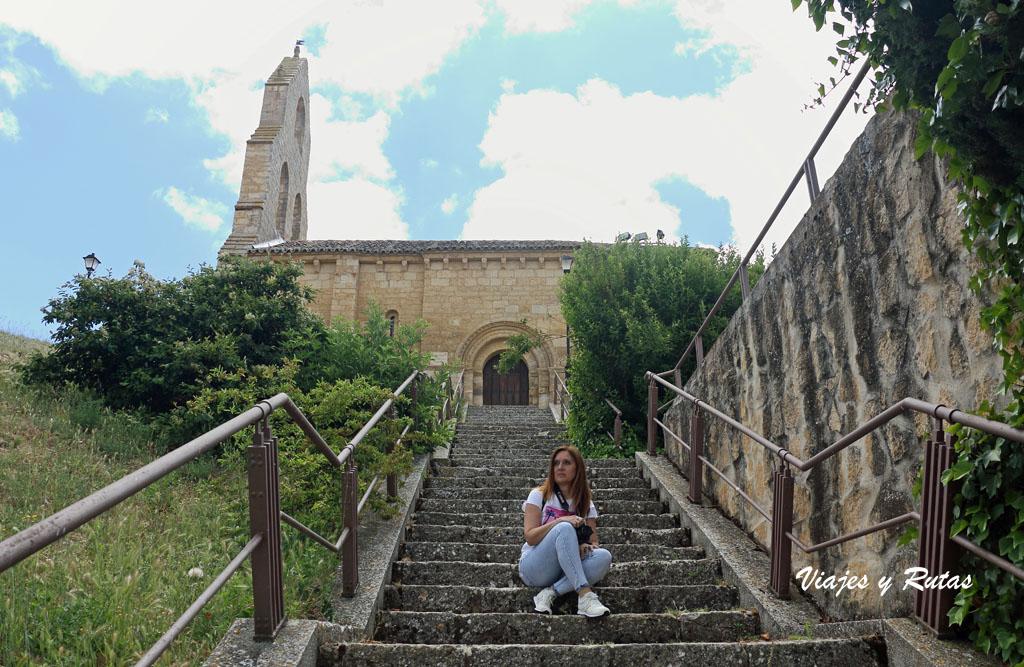 Escaleras de subida a la Iglesia del Castillo de Támara de Campos