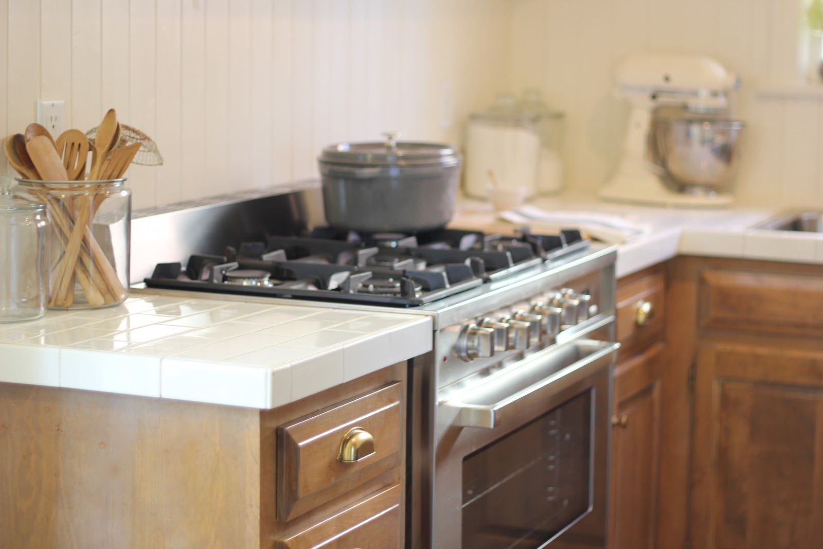 diy kitchen remodel 40 subway tile