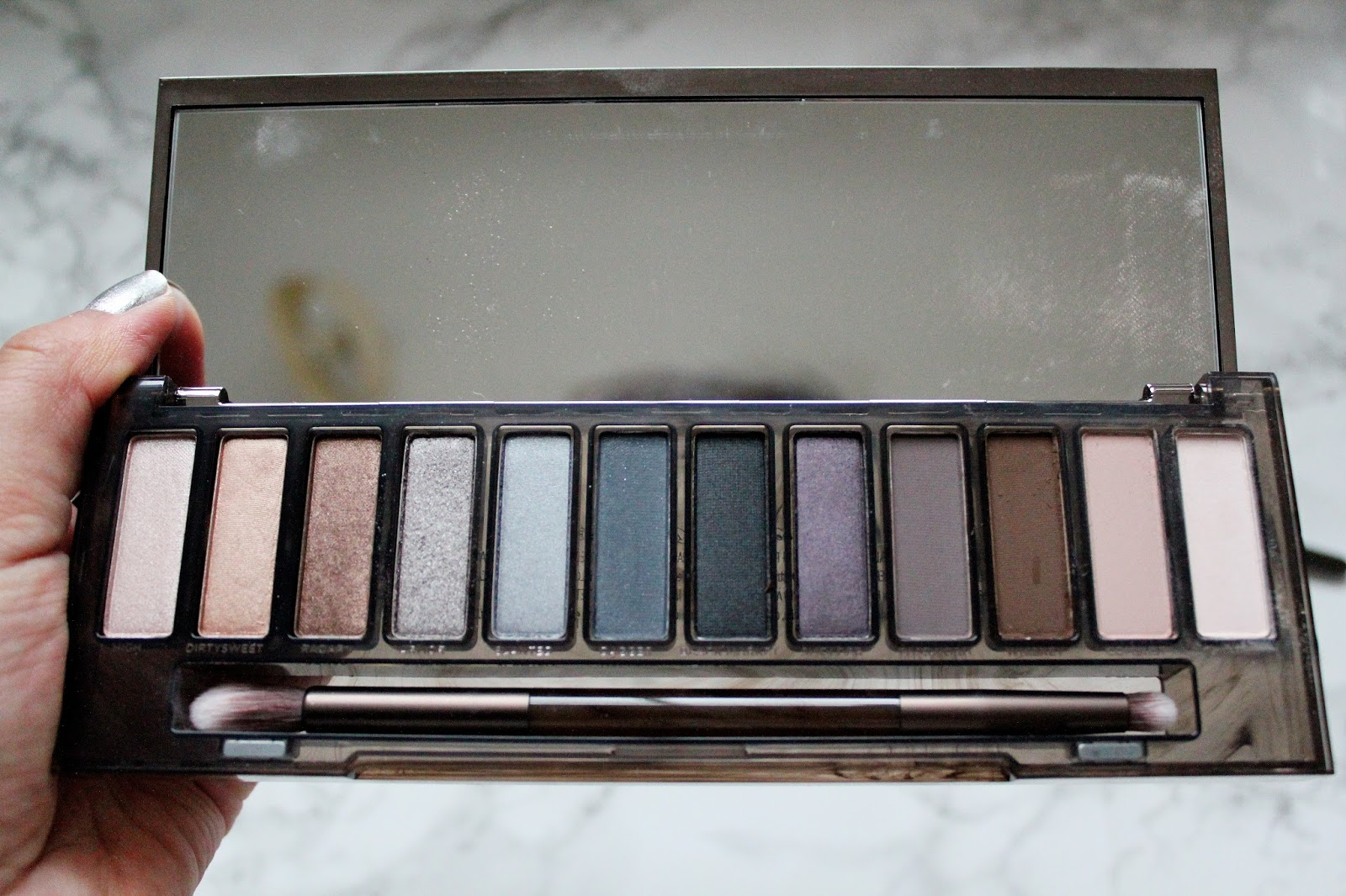 Urban Decay Naked Ultraviolet Eyeshadow Palette SWATCHES