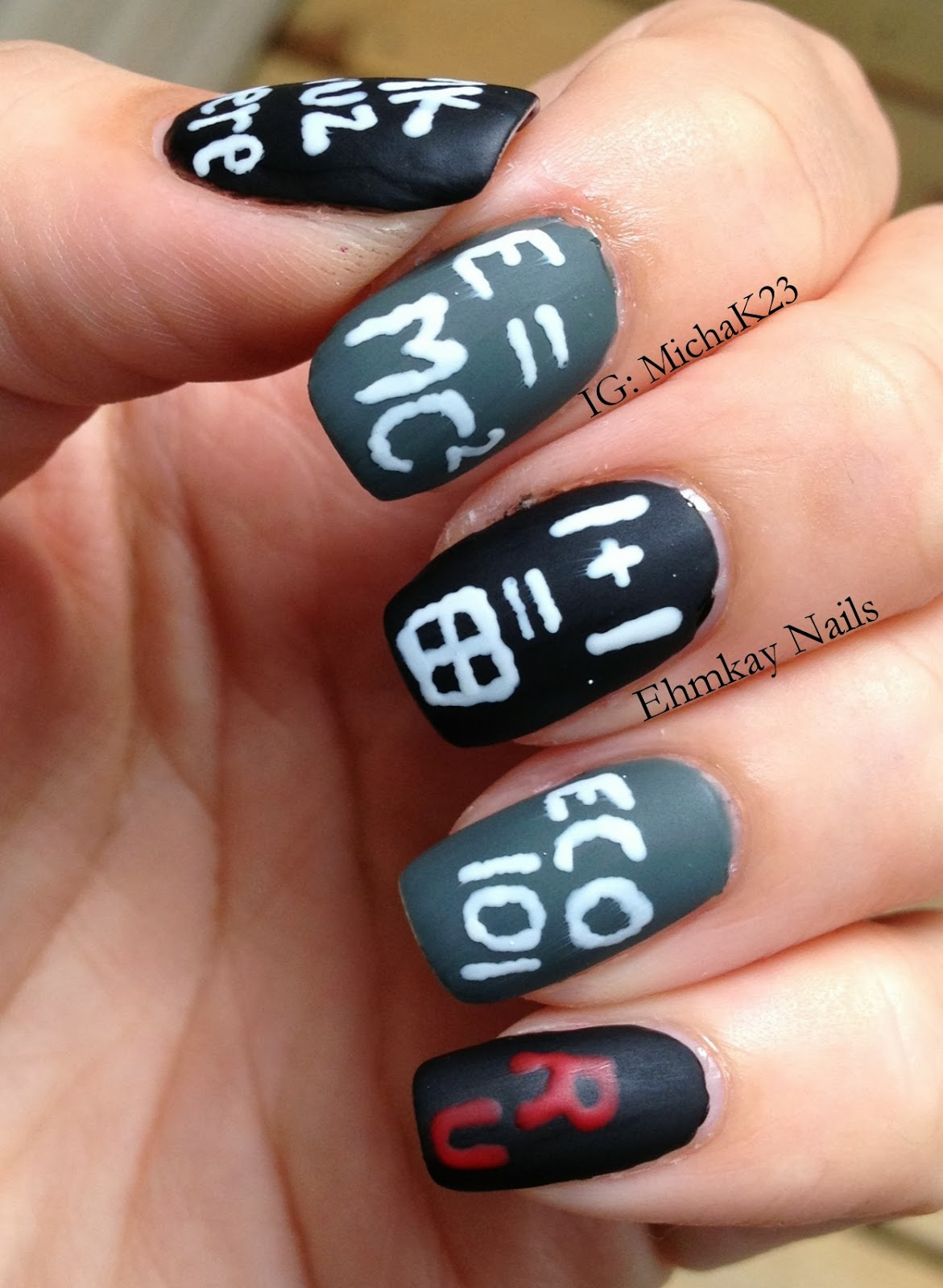 ehmkay nails: Falling for Nail Art: Back to School