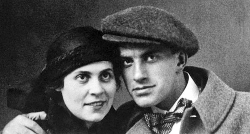 Владимир Маяковский и его возлюбленная Лиля Брик