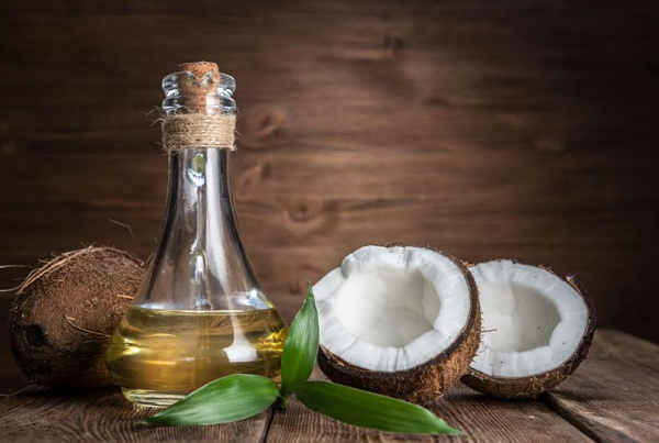 What are the benefits of coconut oil for hair