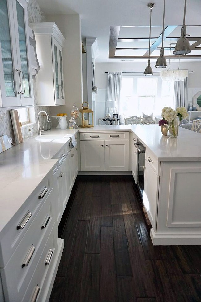 6 Beautiful White Kitchen Cabinets With White Countertops Image   Dream House
