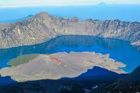 Wow!! Keindahan Ini Hanya Bisa Anda Jumpai di Gunung Rinjani