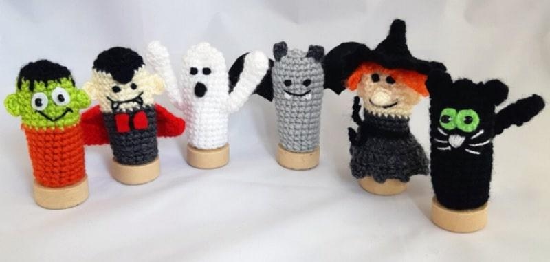 crocheted halloween finger puppets