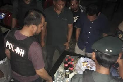 WH Razia Cafe, Na ie Mabôk Lam Plôk Cocacola, Awak Jeuh'ak Cöt Ikue Jiplueng