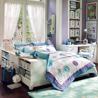 interior design for a teenage girl bedroom