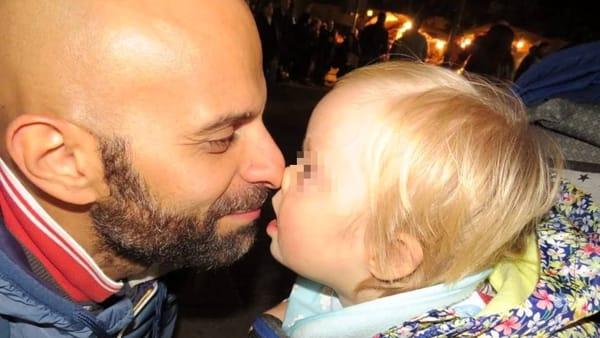 Risultati immagini per Ragazzo single adotta una bambina con la sindrome di Down ,respinta da 20 famiglie