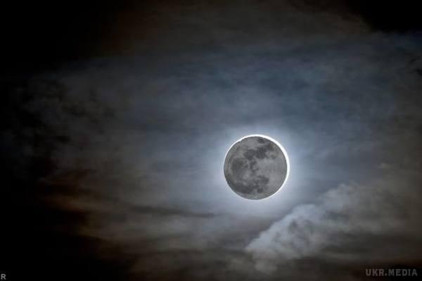 Завтра уманчани зможуть спостерігати місячне затемнення
