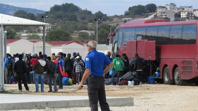 Ήπειρος: Σε εξέλιξη η μεταφορά προσφύγων στην Ήπειρο