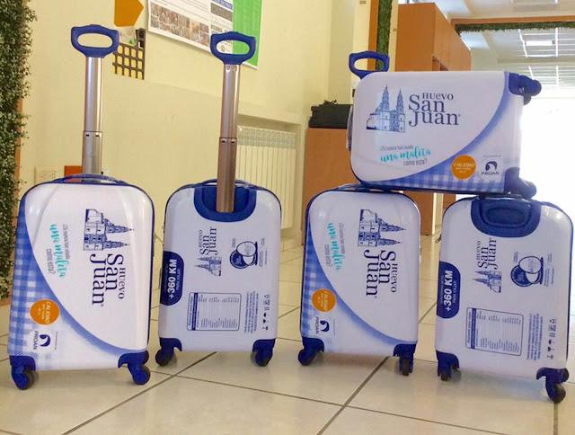 """""""Huevo San Juan """" regalará maletas a quienes utilicen sus cajas de cartón para guardar equipaje"""