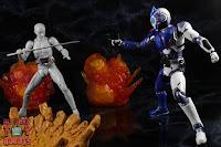 SH Figuarts Kamen Rider Vulcan Shooting Wolf 51