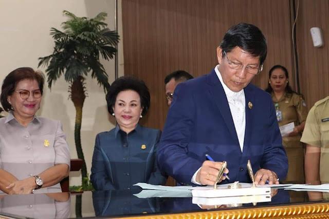 Walikota hadiri Rapat Paripurna Pembicaraan Tingkat II T.A 2020 dan penyampaian Laporan Banggar Kota Manado