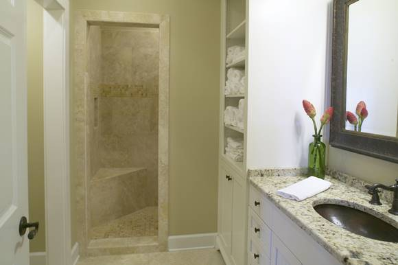 Walk-in shower for small bathrooms