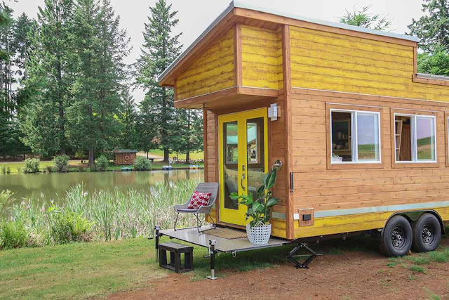 Beachy Bohemian tiny house - Tiny Heirloom