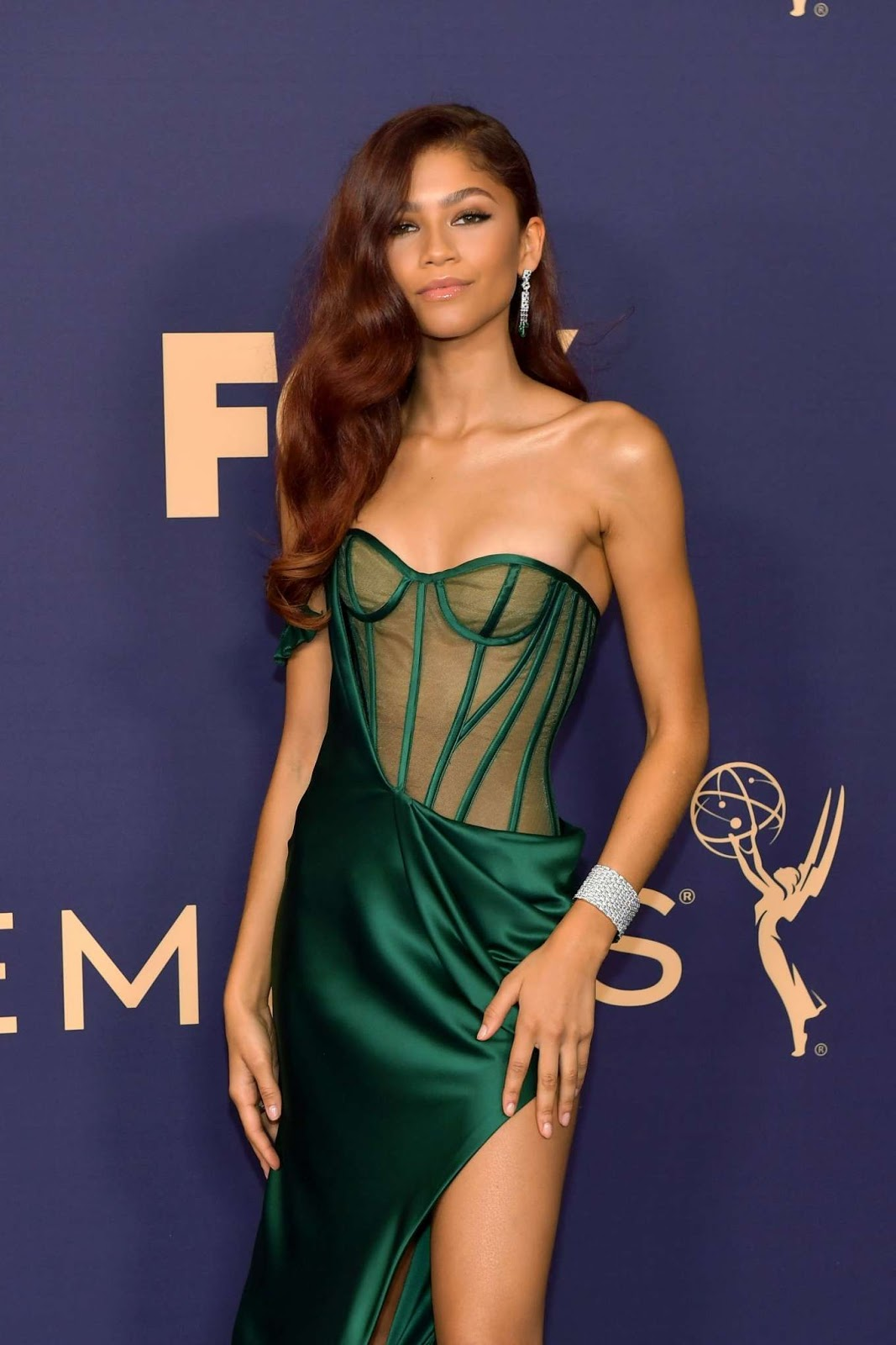 Zendaya Brings Poison Ivy Beauty Inspiration to the Emmys Red Carpet