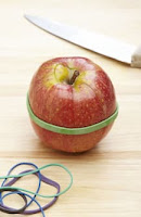 10 حيل الفاكهة الرائعة من شأنها تبسيط حياتك بشكل جذري