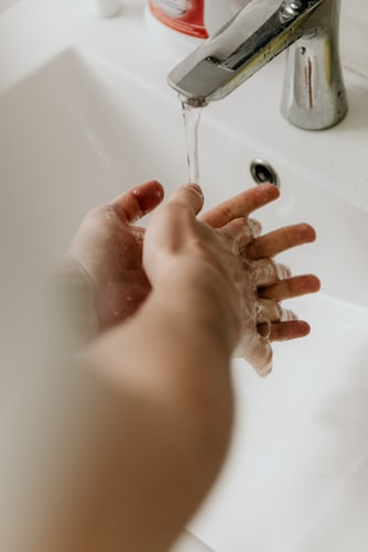 6. Selalu Rajin Menjaga Kebersihan Tangan