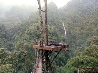 Menara Curug Cibareubeuy Subang