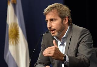 """El ministro de Interior aseguró que """"la mayoría de los argentinos no quiere volver al pasado"""" y desmintió el malestar del radicalismo con el PRO."""