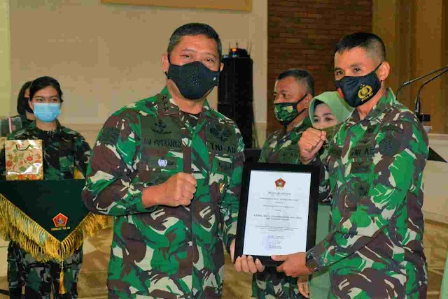 Dankodiklat TNI AD terima Laporan Korps Sertijab dan Penyerahan Tugas dan Tanggung jawab beberapa pejabat di lingkungan Makodiklat TNI AD