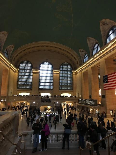 グランド・セントラル駅(Grand Central Station)|中2階(BALCONY LEVEL)