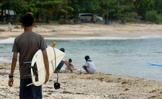 Pantai Jukung Krui, Kabupaten Pesisir Barat