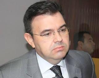 Raniery convida governador da BA para debater compra de respiradores pelo Consórcio Nordeste
