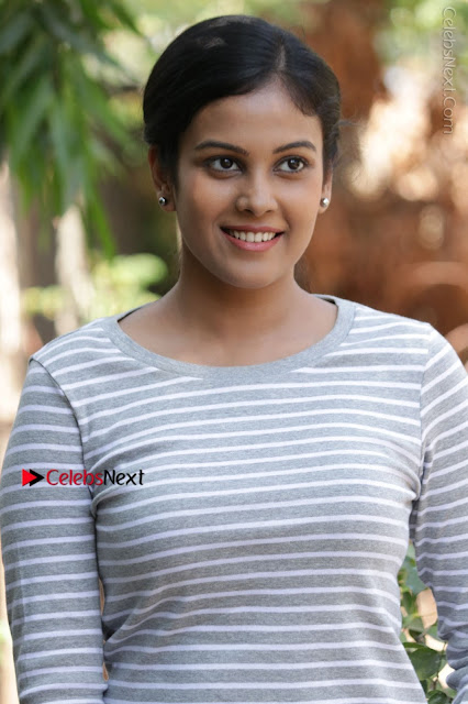 Tamil Actress Chandini Tamilarasan Latest Pos in Ripped Jeansat Ennodu Vilayadu Press Meet  0001.jpg
