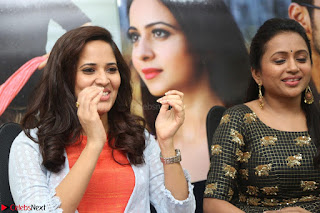 Actress Suma in Black Salwar Suit and Anusuya in orange Dress at winner movie press meet part 2 February 2017 (20).JPG