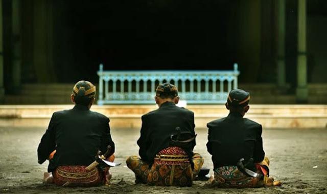 Ucapan Kemarin, Sekarang, dan Besok Dalam Bahasa Jawa