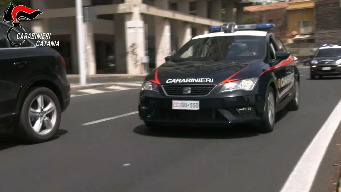 Ragazzi fermati da Carabinieri a Paternò