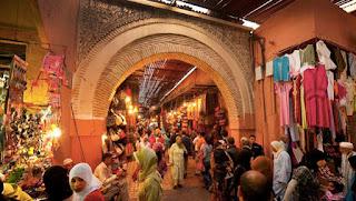 Souk au Maroc