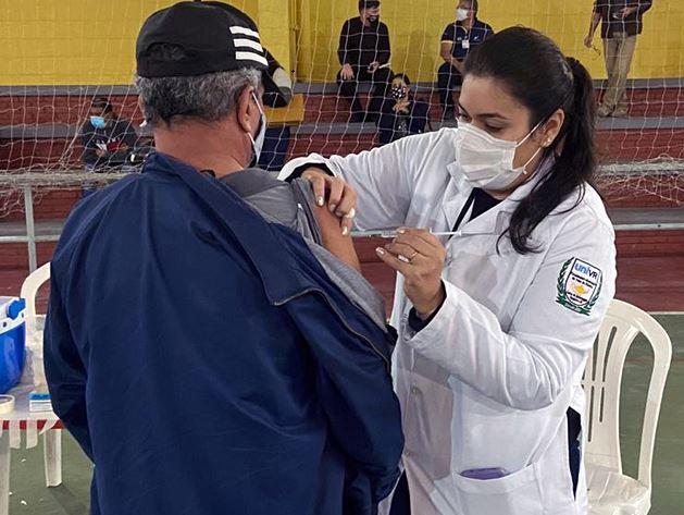 Prefeitura de Registro-SP vacina 62 por cento da população maior de 18 anos