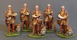 statuette personalizzate per presepe studioso con pergamene idea regalo appassionato presepi pastorelli presepe milano orme magiche