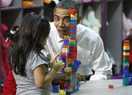 Hình ảnh chế hài hước của Obama - Cảm xúc vui, obama  tron mat nhin con gai