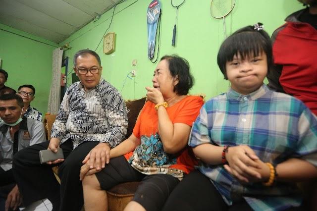 Bantu Fasilitasi, Walikota Bandung Sambangi Warga Tamansari Terdampak Pembongkaran